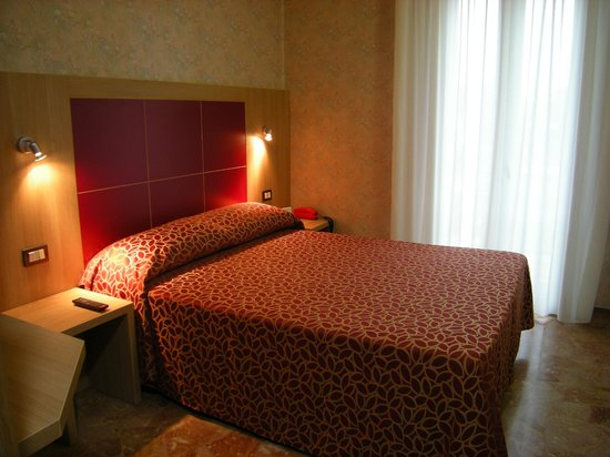 Hotel San Carlo: double room