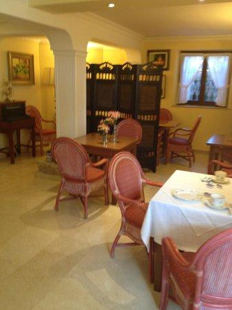 Carlos III: Breakfast Room