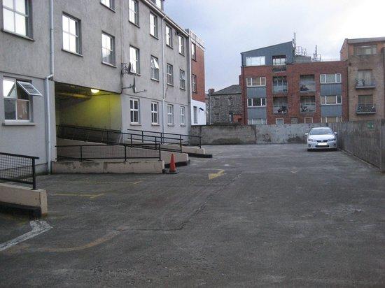 Ashling Hotel: Rooftop Carpark