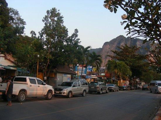 Amorn Mansion: Ao Nang streets