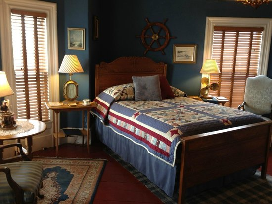 "A Seafaring Maiden Bed and Breakfast: ""The Captain"" Queen Bed w/ ensuite Bath"
