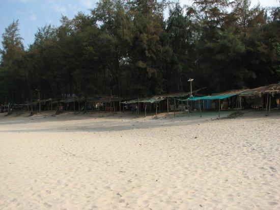 Kashid Beach: Food stalls