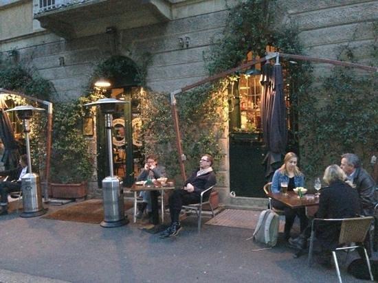 Take away bistrot milano stazione centrale ristorante for Gemelli diversi ristorante milano