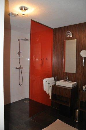 De Lastage Apartments: badeværelse