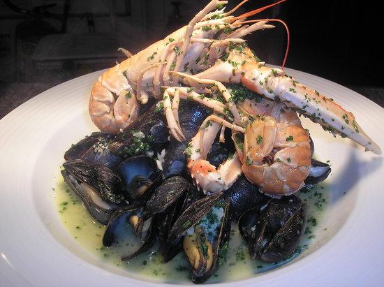 West End Bistro & Bar: Mussel & Langoustines