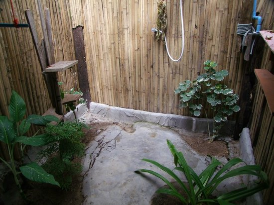 Fisherman's Cottage: Fisherman cottage-the open air bathroom