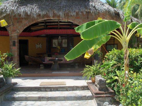 Zihuanatejo Beach Retreat