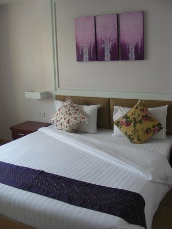 Vista Residence Bangkok: The room - very nice