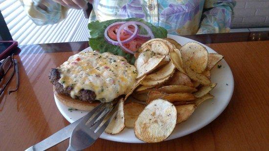 Libby's of Lexington: Libby Burger w/ raw fries
