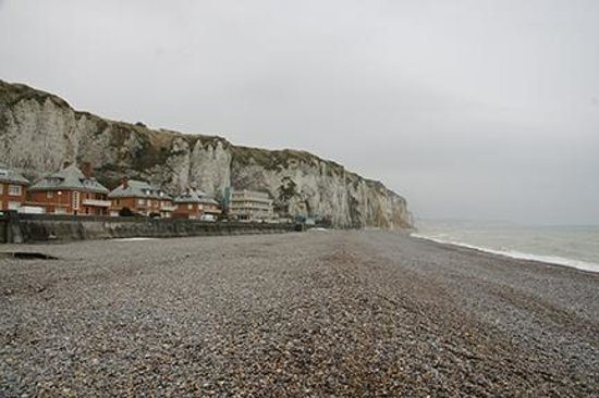 beach at dieppe picture of normandy battle tours carentan tripadvisor. Black Bedroom Furniture Sets. Home Design Ideas