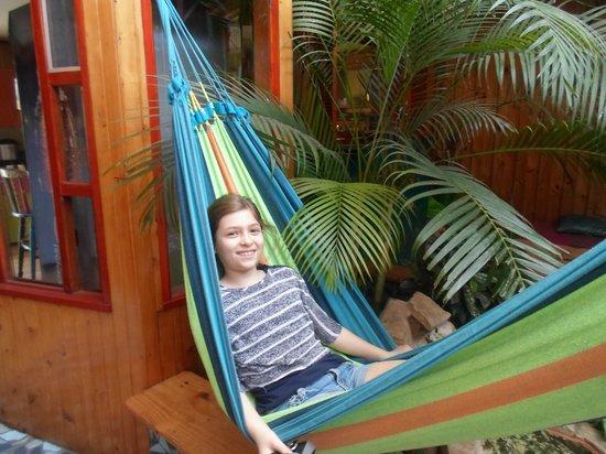 Emily  relajandose en Kaps Place