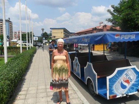 Hotel Kavkaz: touristtrain
