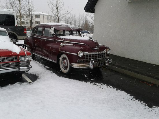 Hotel Laxnes: 48 Dodge Sedan