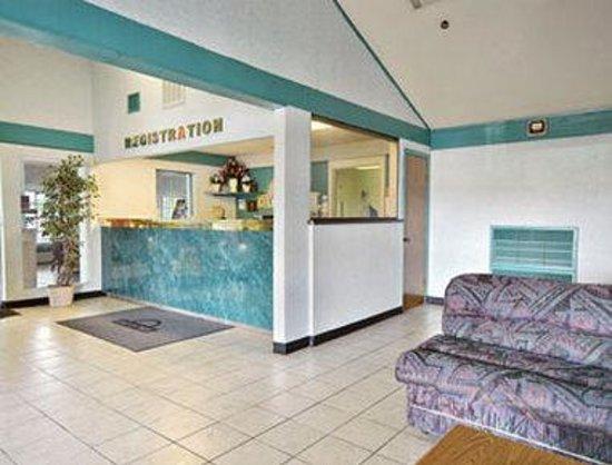 Americas Best Value Inn Conroe: Lobby
