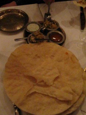 Monty's of Kathmandu: Papad with home made chutneys
