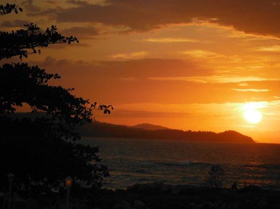 Sunscape Splash Montego Bay: sunset beauty