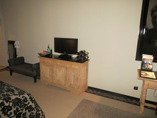 Stage 47 : TV and DVD player