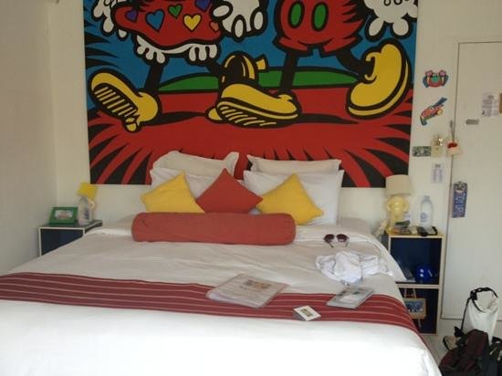 AKWA Guesthouse: the bed