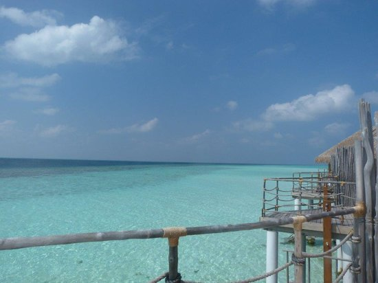 Constance Moofushi : View from Water Villa