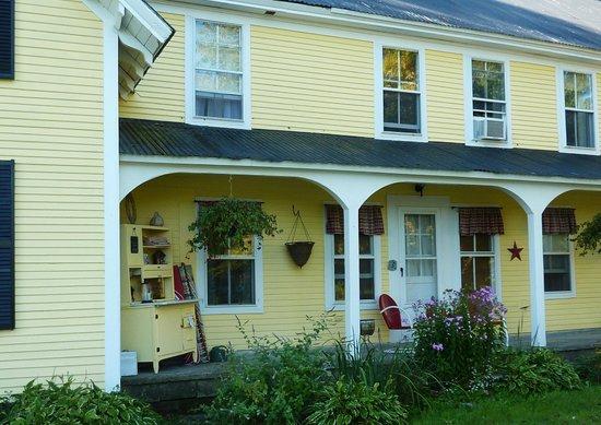 Wilder Farm Inn B&B: the inn side porch