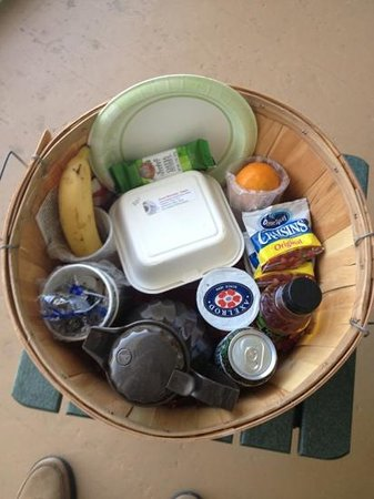 Sandaway Waterfront Lodging Suites and Beach: breakfast basket of goodies