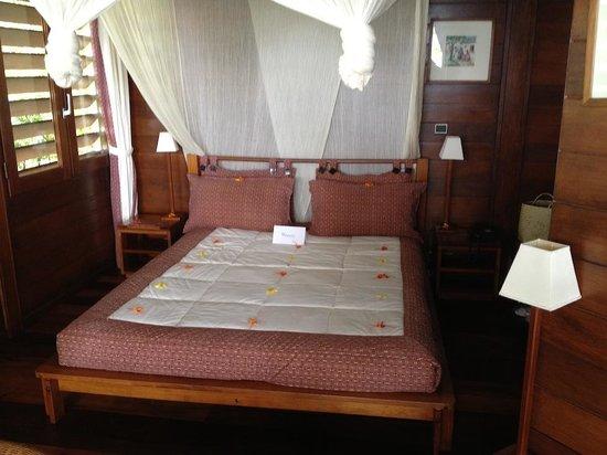 Anjajavy L'Hotel: bed