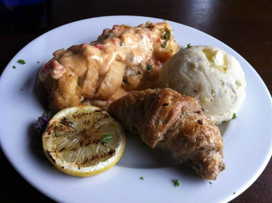 Blue Wolf Grill: Sundried Tomato and Spinach Stuffed Chicken