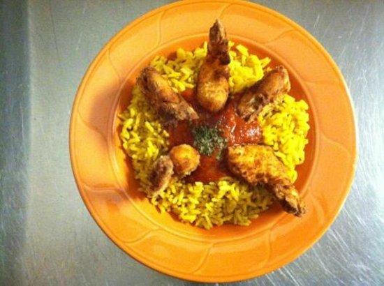 Tammy's Eatery & Sub Shop: Fried Shrimp w/ Yellow Rice and marinara