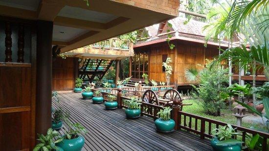Angkor Village Hotel: Zimmerblick