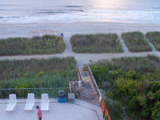 Gazebo Inn Ocean Front: balcony shot