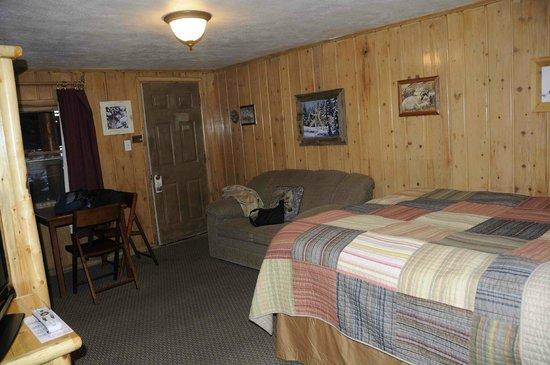 Moose Creek Cabins and Inn : camera