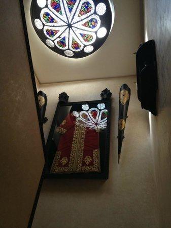 Dar Diafa: staircase ceiling