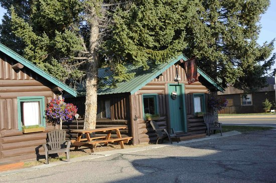 Moose Creek Cabins and Inn: esterno