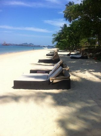 Sofitel Krabi Phokeethra Golf & Spa Resort: hotel's beach