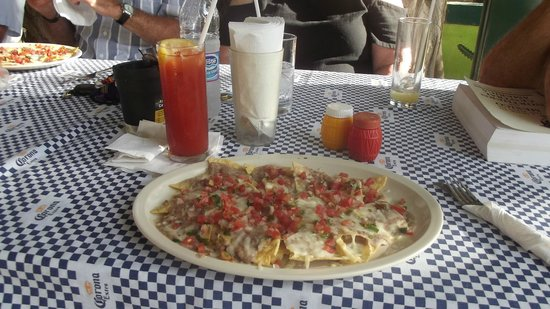 La Cruz de Huanacaxtle, Messico: Nacho Breakfast