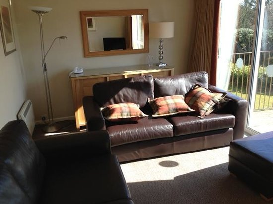 Plas Talgarth Holiday Resort: Living Room in Viia