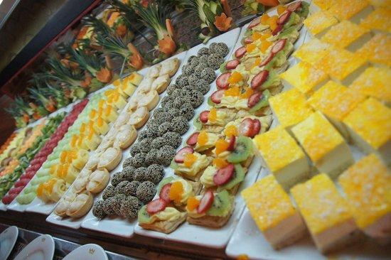 buffet dessert selection picture of hotel riu santa fe cabo san rh tripadvisor co nz riu santa fe los cabos buffet
