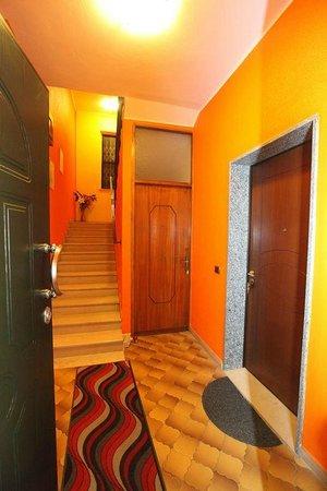 Relax Domus Room Rental & Apartment