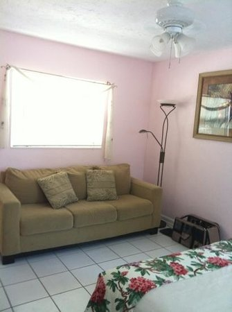 Sands of Islamorada: it would be better to have a pull out sofa bed instead!