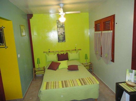 Ti Plèn Kréol : Chambre du bungalow Bambou