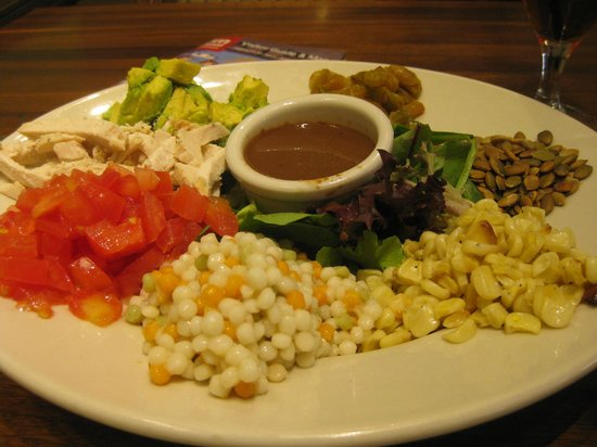 The Courtyard Cafe at the Heard Museum: Fabulous Dreamcatcher Salad