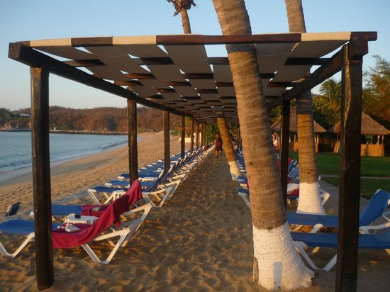 Barcelo Huatulco: sun on the ocean