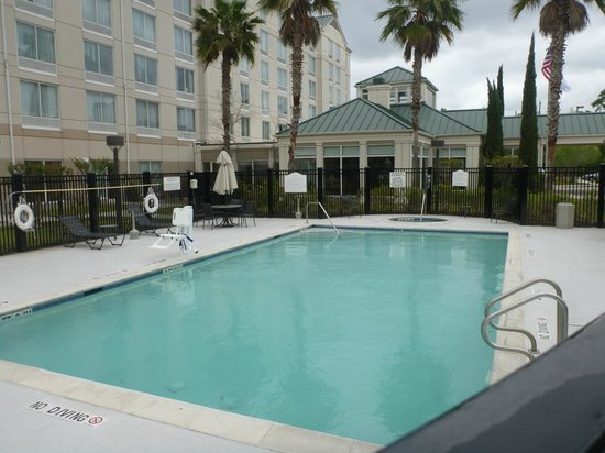 Hilton Garden Inn Houston / Bush Intercontinental Airport: Outdoor Pool