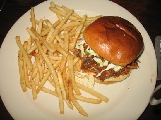 Rock Bottom Brewery: Pulled pork burger; good fries