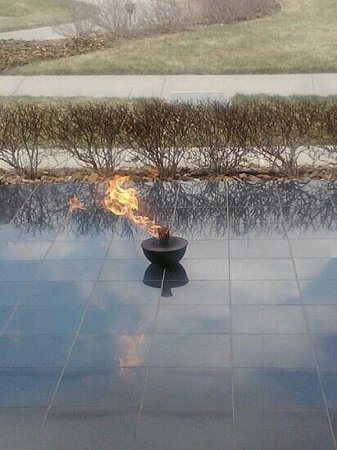 Harry S. Truman Library and Museum: eternal flame Truman Library.