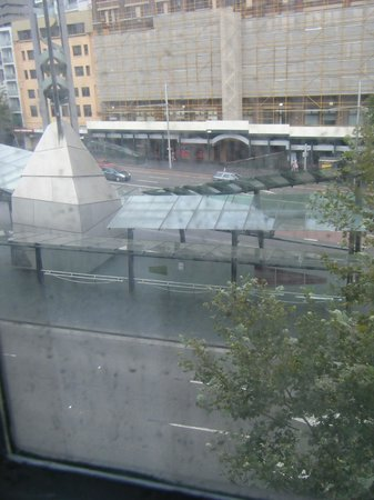 Adina Apartment Hotel Sydney, Central: view from room (dirty window)