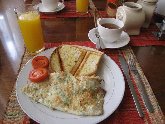 The Lodge: Breakfast