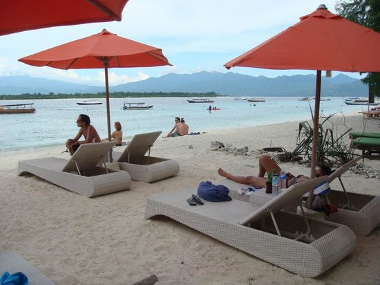Laguna Gili Beach Resort: Beach
