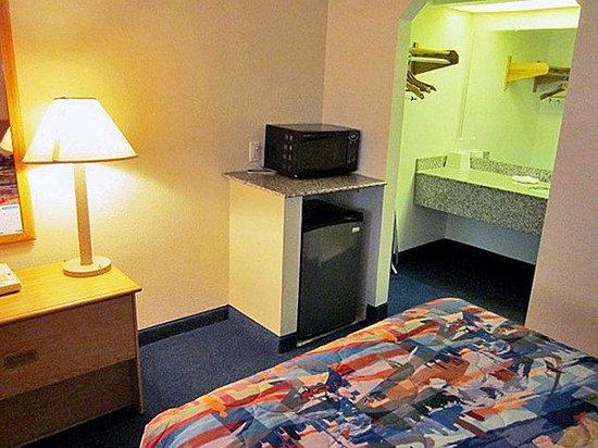 Motel 6 Lafayette: MSingle
