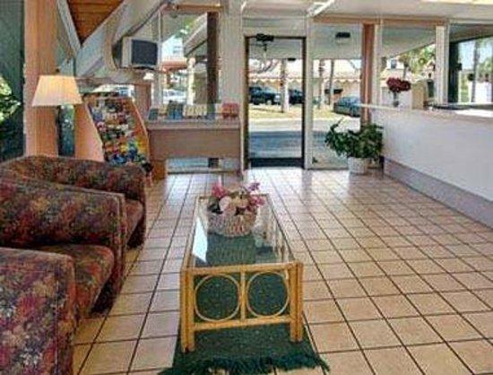 Super 8 St. Augustine: Lobby